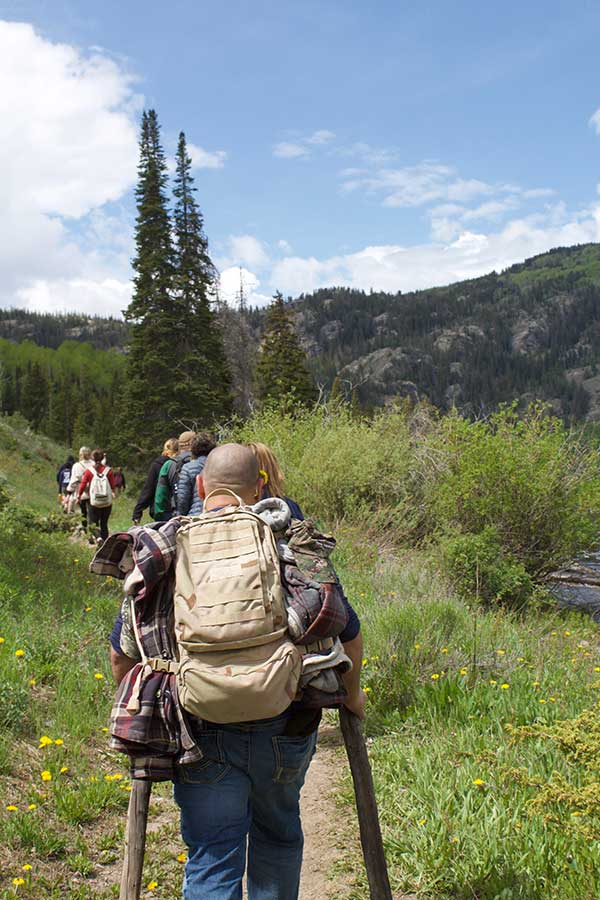 Injured military veterans go hiking with BOEC